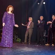 NLD/Alphen aan de Rijn/20051003 - Premiere Dichter bij Liesbeth, Liesbeth List, Antonie kamerling, Beau van Erven Dorens en Albert verlinde