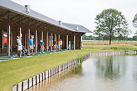 SOMEREN - Floating driving tange, De Swinkelsche Golfbaan. FOTO KOEN SUYK