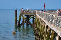 France, Vendée (85), Saint-Jean-de-Monts, l'estacade sur le front de mer // France, Vendée, Saint-Jean-de-Monts, the jetty