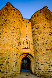 Just after dawn the first rays of sunlight glance across the walls and turrets of the medieval Cité de Carcassonne in southern France<br /> <br /> (c) Andrew Wilson   Edinburgh Elite media