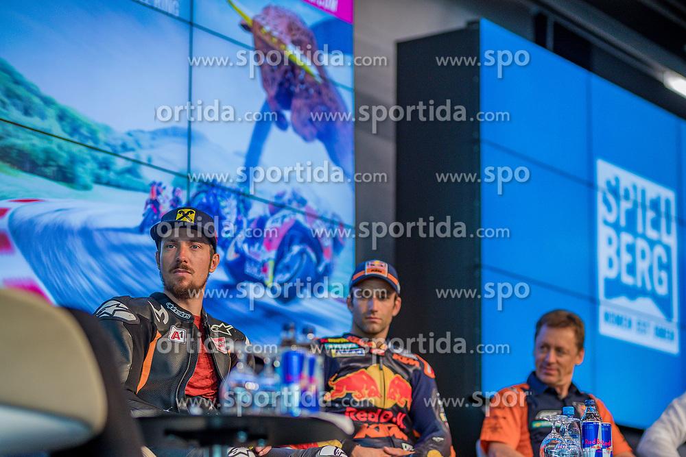 09.07.2019, Red Bull Ring, Spielberg, AUT, Marcel Hirscher mit MotoGP Bike am Red Bull Ring, Pressetermin, im Bild v.l.: Marcel Hirscher (AUT), Johann Zarco (FRA) Red Bull KTM Factory Racing // v.l.: Marcel Hirscher (AUT), Johann Zarco (FRA) Red Bull KTM Factory Racing during a press event Marcel Hirscher with MotoGP Bike on Red Bull Ring in Spielberg, Austria on 2019/07/09. EXPA Pictures © 2019, PhotoCredit: EXPA/ Dominik Angerer