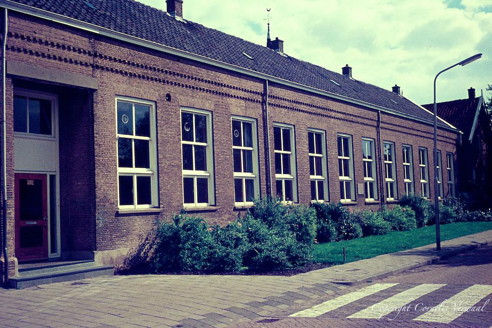 De Lagere School in Ammerstol anno 1977
