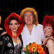 NLD/Utrecht/20100903 - Premiere Queen musical We Will Rock You, cast, Roger Taylor, Pia Douwes, Brian May, Marjolein Teepen en John Vooijs