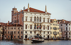 THEMENBILD - Venezianische Häuserfront am Canal Grande, aufgenommen am 05. Oktober 2019 in Venedig, Italien // Venetian house front at the Canal Grande in Venice, Italy on 2019/10/05. EXPA Pictures © 2019, PhotoCredit: EXPA/ JFK