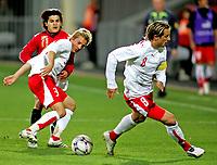 Fotball , 12. oktober 2007 , Landskamp U21 , Norge - Sveits , Reto Ziegler Sveits , Jonas Elmer Sveits , Tarik Elyounoussi Norge , Foto: Thomas Andersen , Digitalsport
