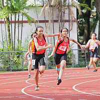 B Division Girls 4x100m Relay