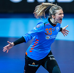 Tess Wester celebrate after the Women's EHF Euro 2020 match between Netherlands and Hungry at Sydbank Arena on december 08, 2020 in Kolding, Denmark (Photo by RHF Agency/Ronald Hoogendoorn)