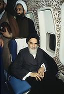 2080  Imam Khomeini in the plane to Iran