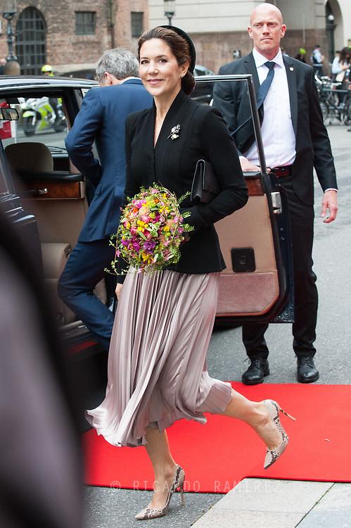 06.10.2020. Copenhagen, Denmark.<br /> Crown Princess Mary leaves the Danish Parliament at Christiansborg Palace in Copenhagen, Denmark.<br /> Photo: © Ricardo Ramirez