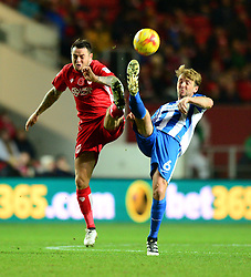 Lee Tomlin of Bristol City challenges for the ball with Dale Stephens of Brighton & Hove Albion - Mandatory by-line: Dougie Allward/JMP - 05/11/2016 - FOOTBALL - Ashton Gate - Bristol, England - Bristol City v Brighton and Hove Albion - Sky Bet Championship