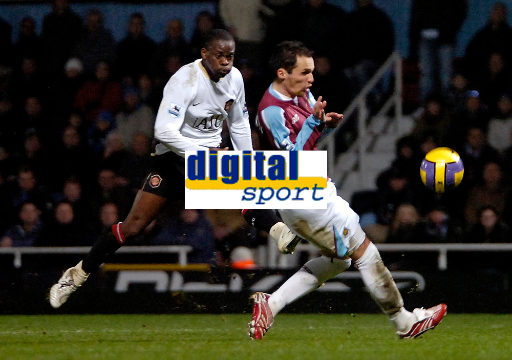 Photo: Ed Godden.<br /> West Ham United v Manchester United. The Barclays Premiership. 17/12/2006. Man Utd's Louis Saha has a shot from outside the area.