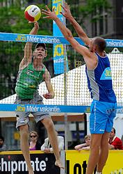 06-06-2010 VOLLEYBAL: JIBA GRAND SLAM BEACHVOLLEYBAL: AMSTERDAM<br /> In een koninklijke ambiance streden de nationale top, zowel de dames als de heren, om de eerste Grand Slam titel van het seizoen bij de Jiba Eredivisie Beach Volleyball - Alexander Brouweren Richard Schuil<br /> ©2010-WWW.FOTOHOOGENDOORN.NL