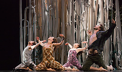 "© Licensed to London News Pictures. 12/11/2012. London, England. Jasmin Vardimon Company performing ""Freedom"" at Sadler's Wells Theatre running from 12 to 13 November 2012. Dancers: Júlia Robert Parés, Estéban Fourmi, Aoi Nakamura, Luke Burrough, Kai-Wen Chuang and David Lloyd. Photo credit: Bettina Strenske/LNP"