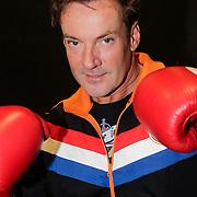 NLD/Amstelveen/20120502 - Lorenzo Lamas geeft boksles, Gerard Joling