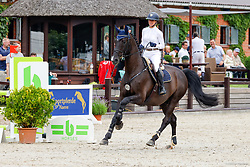 07, Springprfg. Kl. S* -Fundis-Tour-,Ehlersdorf, Reitanlage Jörg Naeve, 29.06. - 01.07.2021, Laura Aromaa (FIN), Sparkly Diamond,,