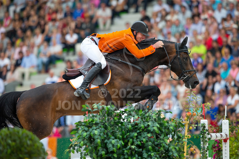 Jur Vrieling, (NED), VDL Bubalu - Second Round Team Competition - Alltech FEI World Equestrian Games™ 2014 - Normandy, France.<br /> © Hippo Foto Team - Leanjo De Koster<br /> 25/06/14