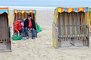 Texel is het grootste Nederlandse Waddeneiland. Het landschap op Texel is rijk en divers. Texel heeft behalve polders, brede zandstranden, duinen en graslanden ook heide, bos en kwelders. <br /> <br /> Texel is the biggest Dutch Wadden Island. The landscape on the island is rich and diverse. Texel has besides polders, wide sandy beaches, dunes and grasslands also heaths, woods and marshes.<br /> <br /> Op de foto / On the photo:  Zonsondergang op het strand van Texel bij Paal 9 / Sunset on the beach of Texel at Paal 9
