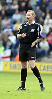 Photo: Mark Stephenson.<br /> Leicester City v Stoke City. Coca Cola Championship. 29/09/2007.Referee Mr Keith Hill