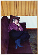 man sleeping on a bench at home 1980s Holland