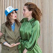 NL/Bloemendaal/20200702 - Boekpresentatie Bonuskind van Saskia Noort, Halina Reijn en Carice van Houten