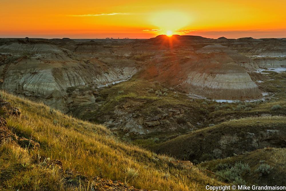 Sunrise on the badlands<br /> Dinosaur Provincial Park<br /> Alberta<br /> Canada