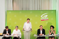 18.07.2017, Labstelle, Wien, AUT, Grüne, Sitzung des erweiterten Bundesvorstandes. im Bild v.l.n.r. Stv. Klubobmann und Budgetsprecher der Grünen Werner Kogler, Grüne Spitzenkandidatin für die Nationalratswahl Ulrike Lunacek, Klubobmann der Grünen Albert Steinhauser und Bundesgeschäftsführer Robert Luschnik // during board meeting of the greens in Vienna, Austria on 2017/07/18. EXPA Pictures © 2017, PhotoCredit: EXPA/ Michael Gruber