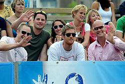 06-06-2010 VOLLEYBAL: JIBA GRAND SLAM BEACHVOLLEYBAL: AMSTERDAM<br /> In een koninklijke ambiance streden de nationale top, zowel de dames als de heren, om de eerste Grand Slam titel van het seizoen bij de Jiba Eredivisie Beach Volleyball - Bram en Gijs Ronnes <br /> ©2010-WWW.FOTOHOOGENDOORN.NL