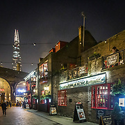 "Bankside nei pressi di London Bridge,sullo sfondo il grattacielo di Renzo Piano The Shard<br /> <br /> Bankside near London Bridge, in the background the skyscraper of the Italian architect Renzo Piano ""The Shard""<br /> <br /> #6d, #photooftheday #picoftheday #bestoftheday #instadaily #instagood #follow #followme #nofilter #everydayuk #canon #buenavistaphoto #photojournalism #flaviogilardoni <br /> <br /> #london #uk #greaterlondon #londoncity #centrallondon #cityoflondon #londontaxi #londonuk #visitlondon<br /> <br /> #photo #photography #photooftheday #photos #photographer #photograph #photoofday #streetphoto #photonews #amazingphoto #blackandwhitephoto #dailyphoto #funnyphoto #goodphoto #myphoto #photoftheday #photogalleries #photojournalist #photolibrary #photoreportage #pressphoto #stockphoto #todaysphoto #urbanphoto"