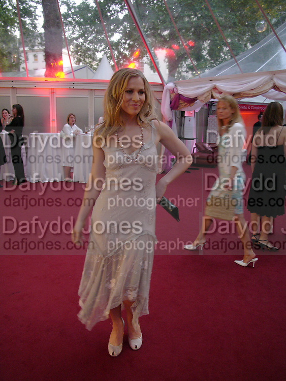 Natasha Beddingfield. Glamour Women Of The Year Awards 2005, Berkeley Square, London.  June 7 2005. ONE TIME USE ONLY - DO NOT ARCHIVE  © Copyright Photograph by Dafydd Jones 66 Stockwell Park Rd. London SW9 0DA Tel 020 7733 0108 www.dafjones.com