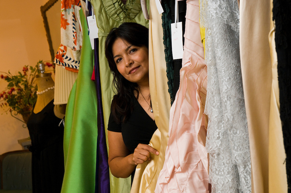 Elda De La Rosa has been in the high-end fashion business for ten years, producing custom gowns, cocktail dresses, and other women's formal wear and accessories from her Edgewater boutique.