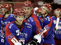 Ishockey<br /> GET-Ligaen<br /> 22.02.07<br /> Jordal Amfi<br /> Vålerenga VIF - Stavanger Oilers<br /> Mathias Trygg og Regan Kelly var fornøyd etter kampen<br /> Foto - Kasper Wikestad
