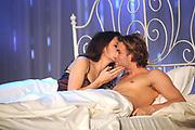 Finale Benelux Next Top Model vanuit de lichtfabriek in Haarlem.<br /> <br />  Op de foto:  Rosalinde met acteur Dirk Taat in bed