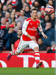 Mesut Ozil of Arsenal in action - Photo mandatory by-line: Rogan Thomson/JMP - 07966 386802 - 15/02/2015 - SPORT - FOOTBALL - London, England - Emirates Stadium - Arsenal v Middlesbrough - FA Cup Fifth Round Proper.