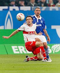 16.10.2010, Veltins Arena, Gelsenkirchen, GER, 1.FBL, FC Schalke 04 vs VfB Stuttgart, im Bild: Christian Gentner (VFB Stuttgart GER #20) vs Edu (Schalke BRA #28), EXPA Pictures © 2010, PhotoCredit: EXPA/ nph/  Scholz+++++ ATTENTION - OUT OF GER +++++