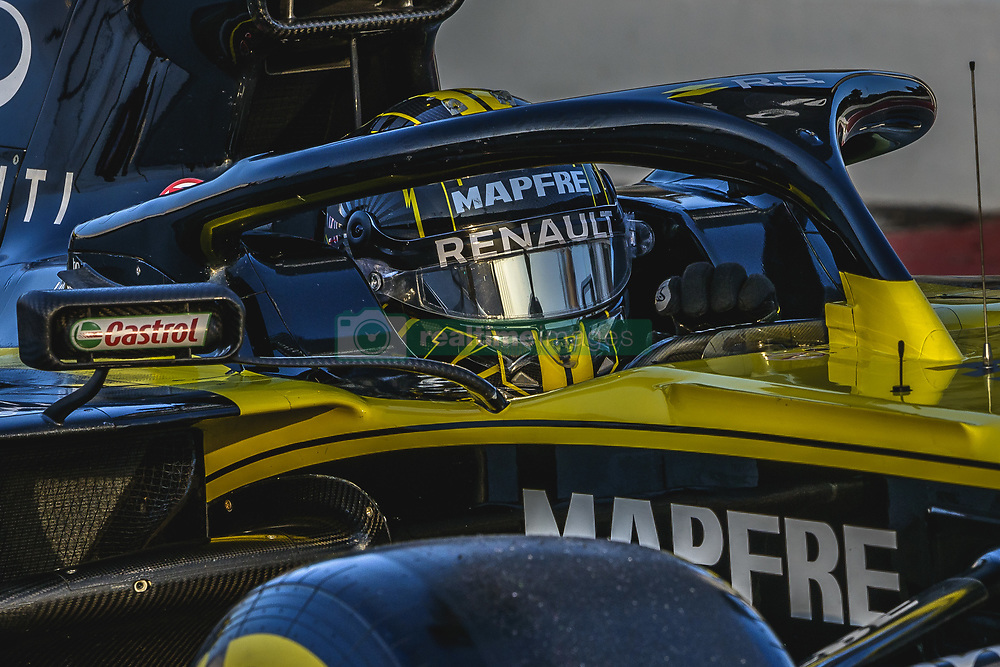 February 19, 2019 - Barcelona, Catalonia, Spain - NICO HULKENBERG (GER) from team Renault drives in his RS19 during day two of the Formula One winter testing at Circuit de Catalunya (Credit Image: © Matthias Oesterle/ZUMA Wire)