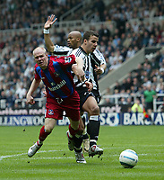 Photo. Andrew Unwin, Digitalsport<br /> Newcastle United v Crystal Palace, Barclays Premiership, St James' Park, Newcastle upon Tyne 30/04/2005.<br /> Crystal Palace's Andrew Johnson (L) tumbles easily under a challenge from Newcastle's Steven Taylor (R).