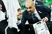 DESCRIZIONE : Lubiana Eurolega Euroleague 2015-16 UNION OLIMPIJA LJUBLJANA Vs DOLOMITI ENERGIA TRENTO<br /> GIOCATORE : Maurizio Buscaglia<br /> CATEGORIA : allenatore coach time out<br /> SQUADRA : Dolomiti Energia Trento<br /> EVENTO : Eurolega Euroleague 2015-2016<br /> GARA : UNION OLIMPIJA LJUBLJANA Vs DOLOMITI ENERGIA TRENTO<br /> DATA : 14/10/2015<br /> SPORT : Pallacanestro<br /> AUTORE : Agenzia Ciamillo-Castoria/V.Ponikvar<br /> Galleria : Eurolega Euroleague 2015-2016<br /> Fotonotizia : Lubiana Eurolega Euroleague 2015-16 UNION OLIMPIJA LJUBLJANA Vs DOLOMITI ENERGIA TRENTO