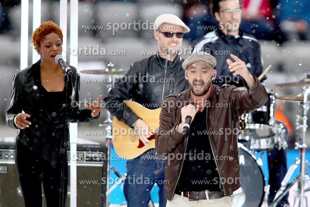 11.06.2011, Allianz Arena, Muenchen, GER, Stars die Winterspiele und Du , im Bild  Gentleman mit Band, EXPA Pictures © 2011, PhotoCredit: EXPA/ nph/  Straubmeier       ****** out of GER / SWE / CRO  / BEL ******