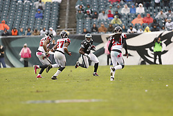 Philadelphia Eagles wide receiver Jason Avant (81) carries the ball during the NFL game between the Atlanta Falcons and the Philadelphia Eagles on Sunday, October 28th 2012 in Philadelphia. The Falcons won 30-17. (Photo by Brian Garfinkel)