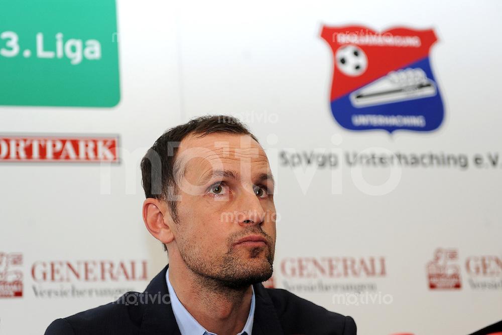 3. Fussball Bundesliga:   Saison   2011/2012   SpVgg Unterhaching stellt den neuen Trainer vor    20.06.2011 Trainer Heiko Herrlich  (SpVgg Unterhaching)