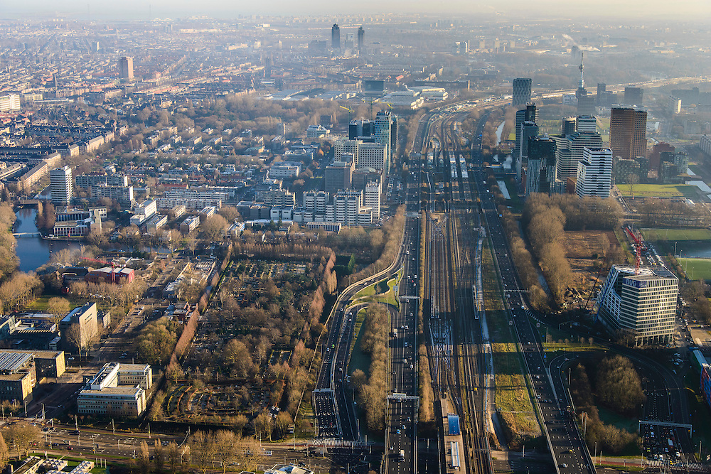 Nederland, Noord-Holland, Amsterdam, 11-12-2013; overzicht  Zuidas met ING_house in de voorgrond. Onder in beeld de Amstelveenseweg. Op het tweede plan Station Zuid-Wtc. Ringweg Zuid, A10.<br /> Zuid-as, 'South axis', financial center in the South of Amsterdam. Amsterdam equivalent of 'the City', financial district. <br /> luchtfoto (toeslag op standaard tarieven);<br /> aerial photo (additional fee required);<br /> copyright foto/photo Siebe Swart.
