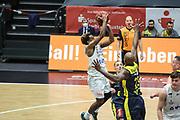 Basketball: Deutschland, 1. Bundesliga, Hamburg Towers -  EWE Baskets Oldenburg, Hamburg, 14.04.2021<br /> TJ Shorts (Towers)<br /> © Torsten Helmke