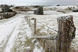 © Licensed to London News Pictures. 08/01/2021. Llanfihangel Nant Melan, Powys, Wales, UK. A freezing wintry landscape near Llanfihangel nant Melan in Powys, Wales, UK. Photo credit: Graham M. Lawrence/LNP