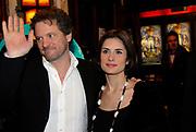 Premiere van Nanny McPhee in Tuschinski Amsterdam in aanwezigheid van Emma Thompson en Colin Firth .<br /> <br /> Premiere of Nanny McPhee in Tuschinski Amsterdam in the presence of Emma Thompson and Colin Firth<br /> <br /> Op de foto / On the photo:<br /> <br /> Colin Firth and Livia Giuggioli