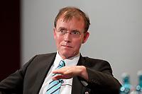 11 JAN 2011, KOELN/GERMANY:<br /> Dr. Gerd Landsberg, Geschaeftsfuehrendes Praesidialmitglied Deutscher Staedte- und Gemeindebund, 52. Jahrestagung dbb beamtenbund und tarifunion, Congress-Centrum Nord Koelnmesse<br /> IMAGE: 20110111-01-166<br /> KEYWORDS: Köln