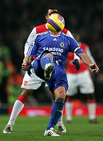 Photo: Tom Dulat/Sportsbeat Images.<br /> <br /> Arsenal v Chelsea. The FA Barclays Premiership. 16/12/2007.<br /> <br /> Chelsea's John Terry kicks the ball.