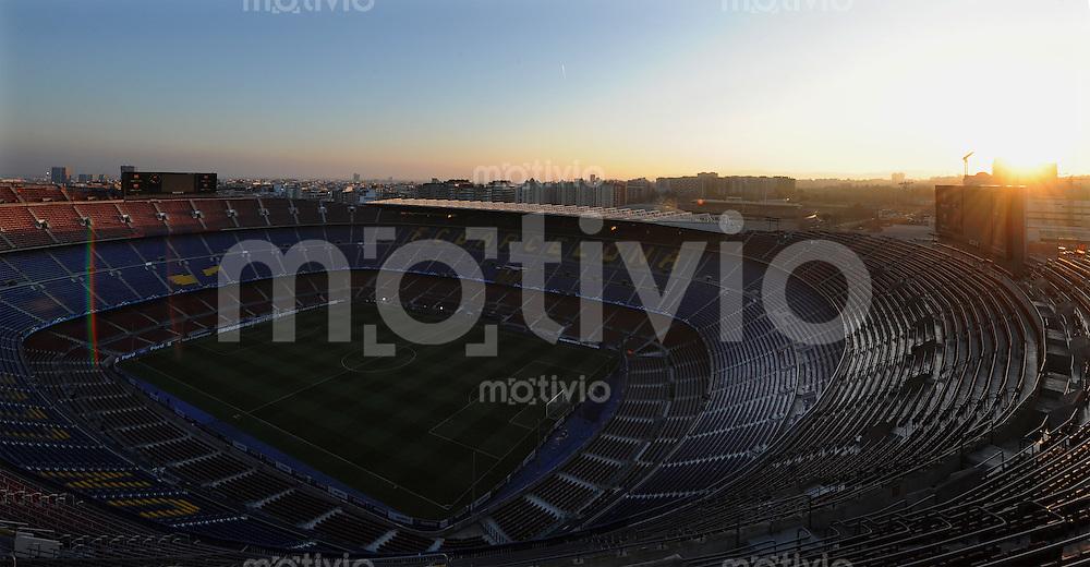 Fussball Uefa Champions League FC Barcelona - VFB Stuttgart Das Camp Nou Stadion in Barcelona.