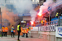 Treningskamp fotball 2014: Molde - Aalesund. Øvelse i tribunebråk i treningskampen mellom Molde og Aalesund på Aker stadion.