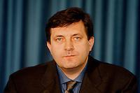 04 FEB 1998, BONN/GERMANY:<br /> Milorad Dodik, Ministerpräsident, Serbische Repubik, Staatsbesuch in Deutschland<br /> IMAGE: 19980204-01/01-13