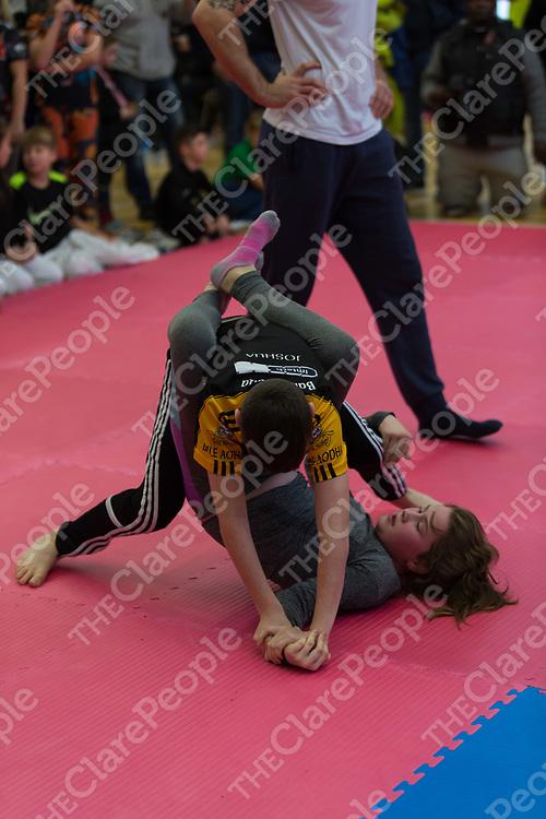 Joshua Healy fighting Roisin Kelly, both from Ennis